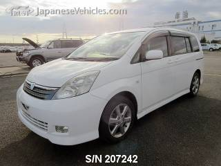 TOYOTA ISIS 2006 S/N 207242